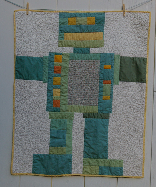 Finished robot quilt flickr photo sharing for Robot quilt fabric
