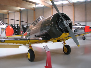 North American Harvard / T-6d Texan