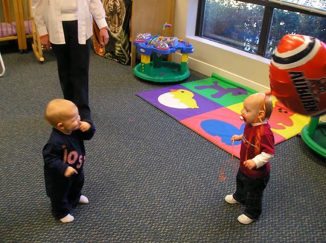 El cuidado de niños en casas