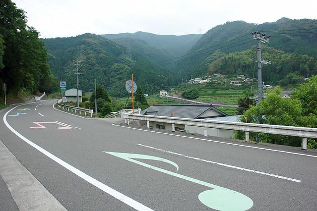 [原创] 妙曼神奇美乐道 公路也会唱山歌