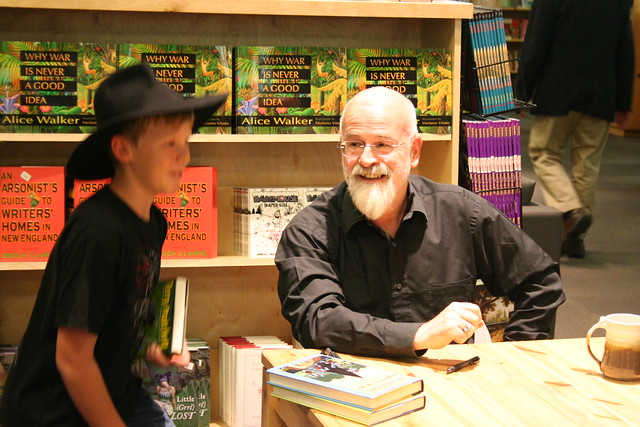 Terry Pratchett, Powell's