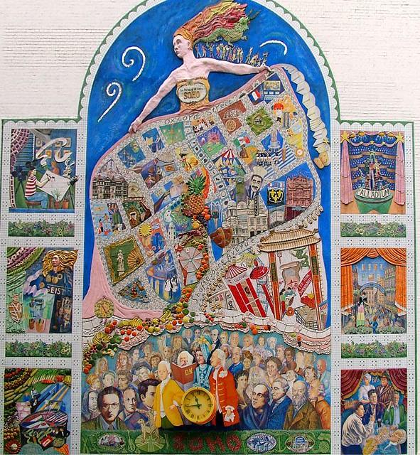 Soho mural perspective changed from original flickr for Mural z papiezem franciszkiem