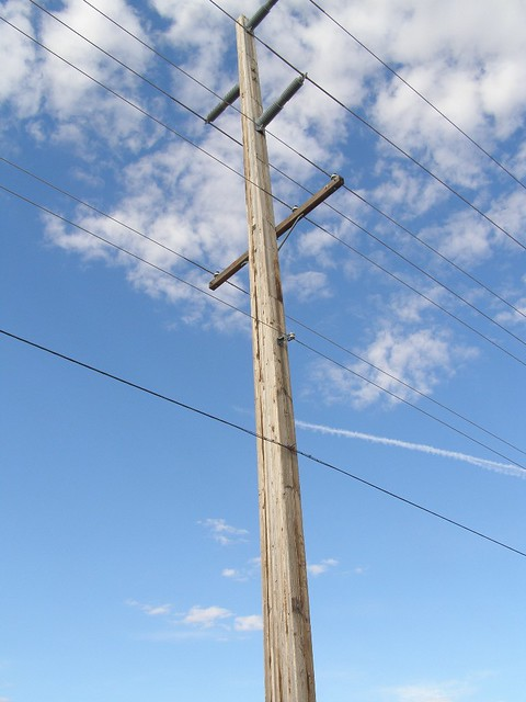 Wood Power Poles Sizes : Laminated wood in power pole explore theslowlane s