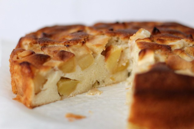 Marie-Hélène's Apple Cake | Around My French Table: More Th ...