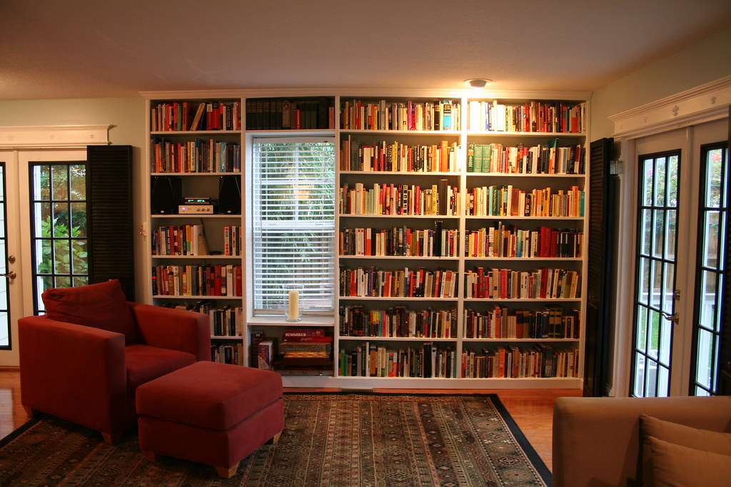 New Built-In Bookshelves
