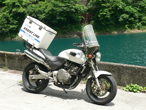 バイク便 奥多摩湖