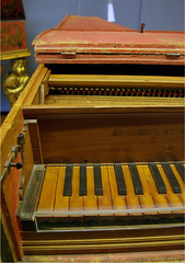 computer component(0.0), electronic device(0.0), harpsichord(0.0), string instrument(0.0), celesta(1.0), wood(1.0), piano(1.0), keyboard(1.0), fortepiano(1.0), harmonium(1.0), spinet(1.0), organ(1.0), player piano(1.0),