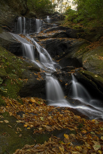 longexposure autumn fall leaves nc rocks northcarolina cascades slippery hdr slipperywhenwet ncmountains yanceycounty ncwaterfalls roaringforkfalls ncwaterfall waterfallphotography davidhopkinsphotography photocontestfall10 ncpedia