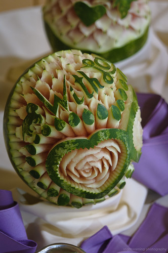 Randomnies amazing watermelon carving