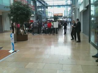 Apple Store, Birmingham Bullring - iPhone 4 Launch Queue