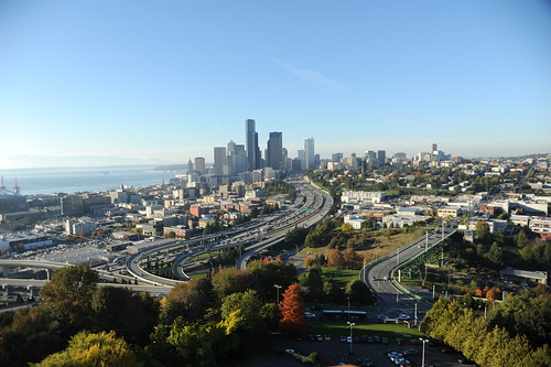 The sound, the buildings, the freeways, baby it's Seattle, Washington, USA by Wonderlane