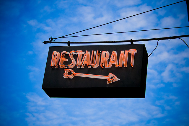 Setting the Stage: Restaurant Uniforms and Decor