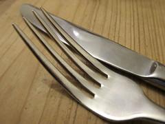fork(1.0), tool(1.0), knife(1.0), tableware(1.0), cutlery(1.0),