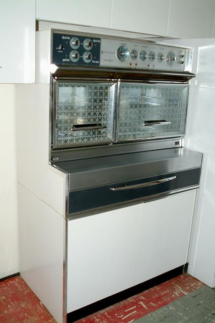 Frigidaire custom imperial flair circa 1960s aka my for Dream kitchen appliances