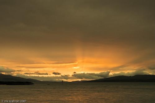 uk sunset holiday island coast scotland fishing argyll oban sunray supershot abigfave superbmasterpiece ysplix