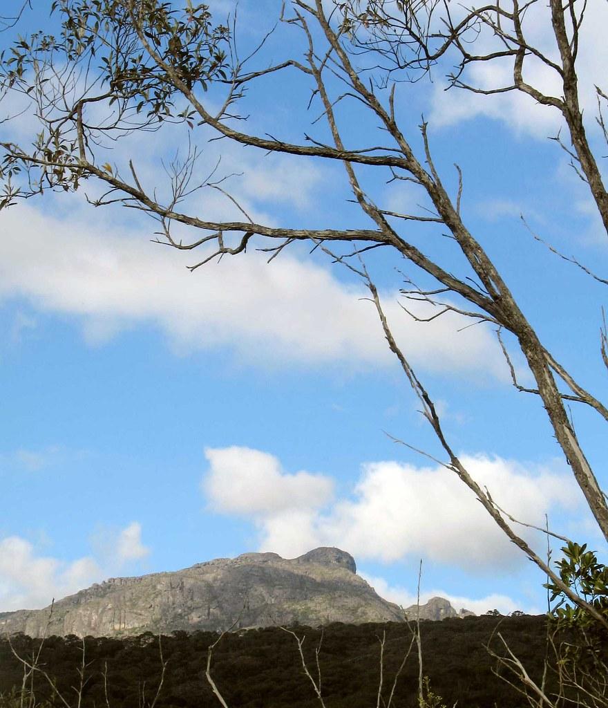 Pico Carapuça vista de Taboões