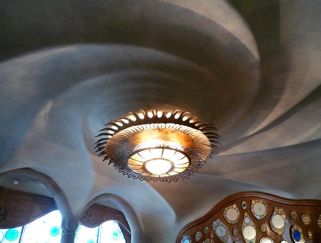 Antoni Gaud 237 Casa Batll 243 Living Room Ceiling Flickr