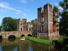 building, river, landmark, architecture, water castle, canal, waterway, moat,