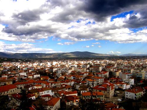 houses sky clouds dark high view hellas greece trikala σύννεφα thessalia ελλαδα θέα ψηλά σπίτια κεραμίδια ουρανόσ θεσσαλια τρικαλα σκοτεινά