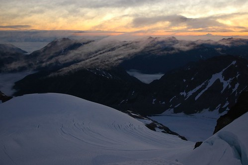 clouds washington mountaineering olympicnationalpark crevasse mtbaker mountolympus snowdome mtolympus summitforsomeone gotrekexpeditions