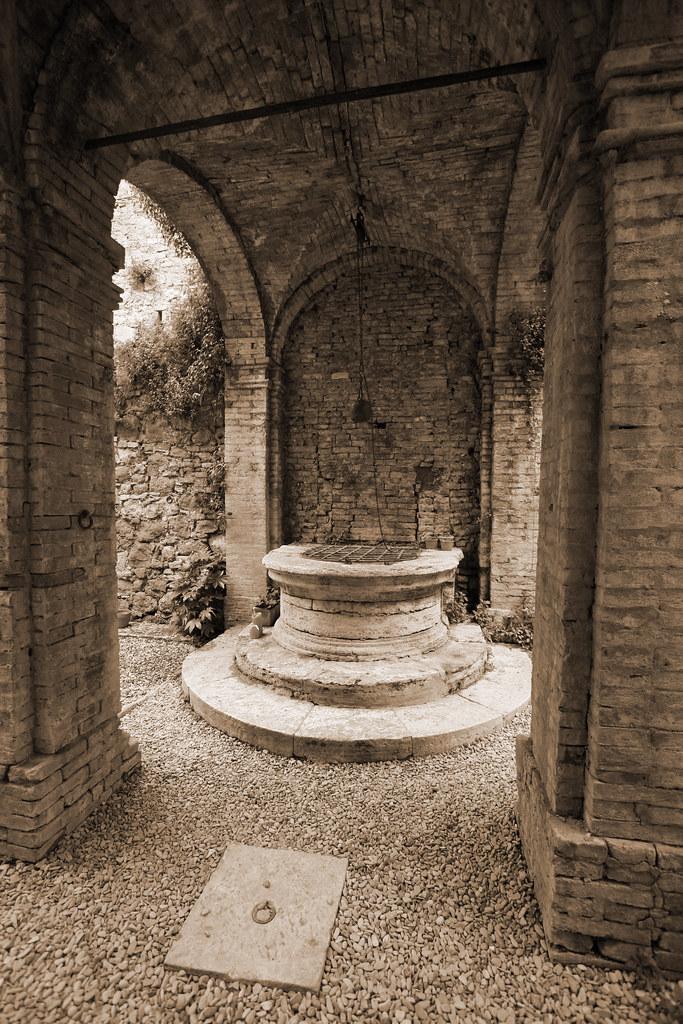 Tuscan Well