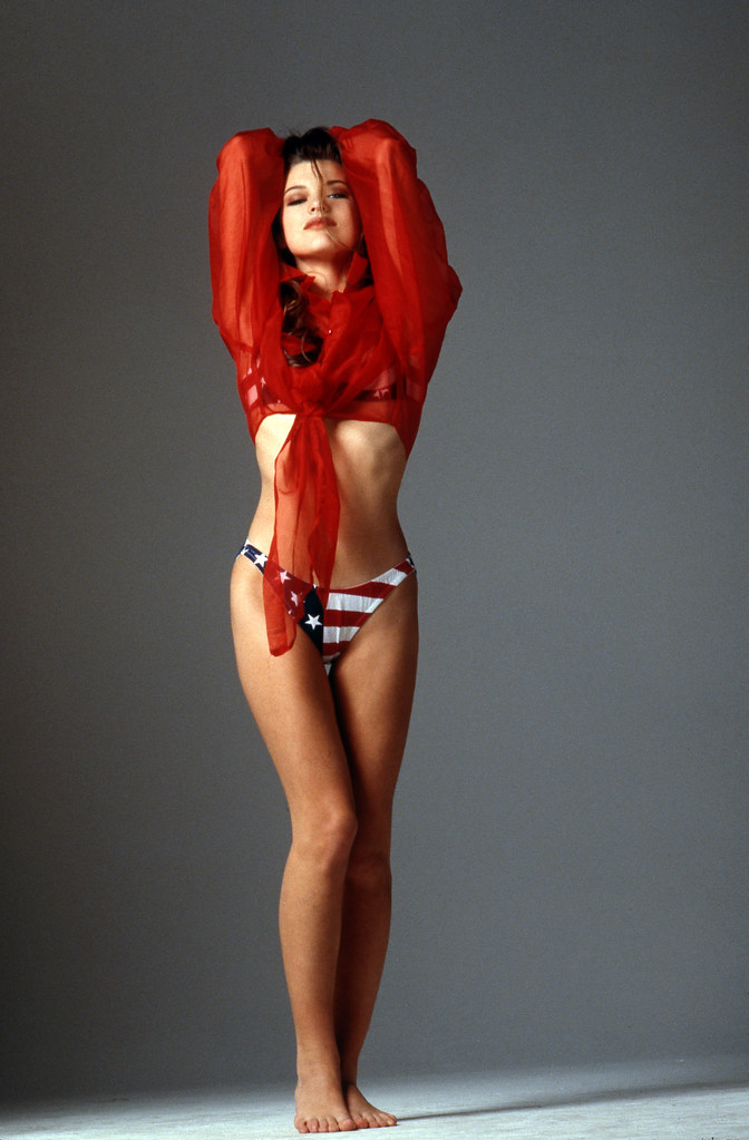 Milla Jovovich - a photo on Flickriver милла йовович