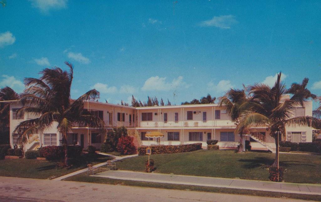 Carmen Apartments - Ft. Lauderdale, Florida