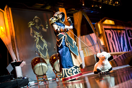 Blizzcon – Mage with Rogue Pet