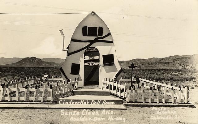 Cinderella's Doll House, 1940's