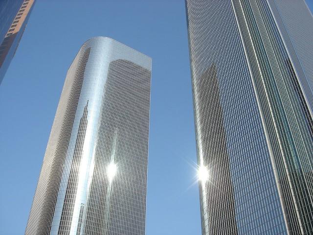 skyscraper glass color