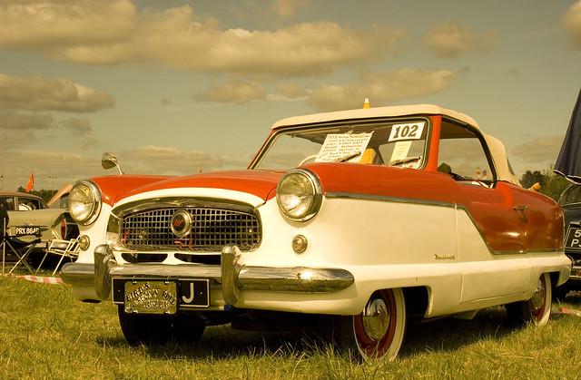 Vintage Car - Nash Metropolitan