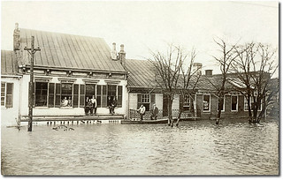 Oertling's Dry Goods store, 1913 Flood, Lawrenceburg, Indiana