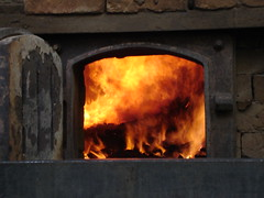 masonry oven(1.0), wood(1.0), fireplace(1.0), forge(1.0), fire(1.0), iron(1.0), flame(1.0),
