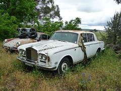 automobile, automotive exterior, vehicle, rolls-royce silver shadow, bentley t-series, antique car, sedan, classic car, vintage car, land vehicle, luxury vehicle, motor vehicle,