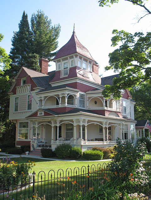 Abandoned Houses Near Me >> Victorian House - Bellaire, Michigan   Flickr - Photo Sharing!