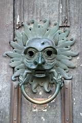 carving, art, sculpture, head, door knocker, iron,