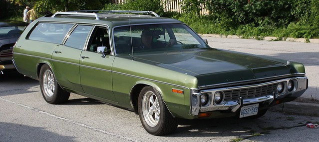 1972 Dodge Polara Wagon http://www.flickr.com/photos/carphotosbyrichard/4733372198/