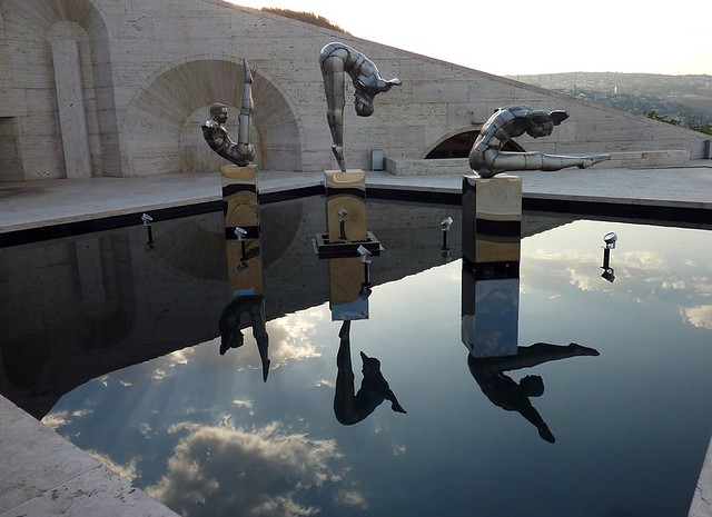 The divers at the Cascade in Yerevan
