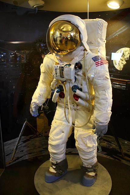 apollo 13 space suit - photo #14
