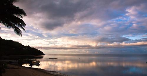 ocean sky clouds sunrise meer himmel wolken southpacific sonnenaufgang moorea papeete frenchpolynesia südpazifik französischpolynesien blichb unknownküstenstrasepapeeteîleclipperton îleclipperton
