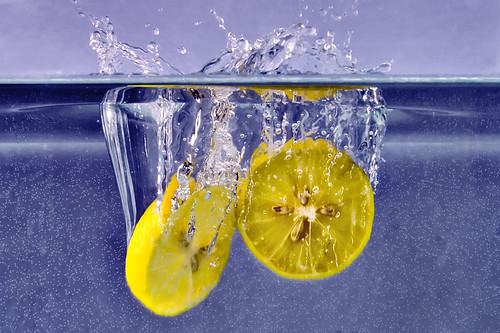 pakistan stilllife water yellow fruit lemon bubbles splash ahmed watertank sind sindh highspeed muhammad blueribbonwinner fruitsplash mehrabpur wowiekazowie superhearts flickrslegend