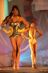bikini(0.0), bodybuilding(0.0), model(1.0), fitness and figure competition(1.0), muscle(1.0), fashion show(1.0),