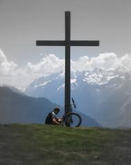 Sam + Cross