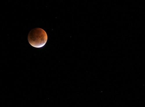 sky moon night stars eclipse washingtonstate lunareclipse backyardview abigfave august2007 shesnuckinfuts thoughtstoliveby