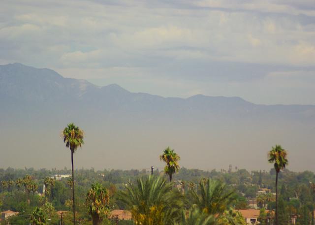 California Riverside San Bernardino Hills 9 07 Smog