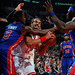 Joakmi Noah fights down low