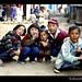 kids-phakding-nepal-posing-group