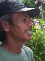"""51 tahun, buruh, """"saya membayangkan adanya koperasi sembako di kampung saya"""" : 51 years old, laborer, """"I imagine that there is a cooperatives helping residents by providing dailiy need for consumption"""""""