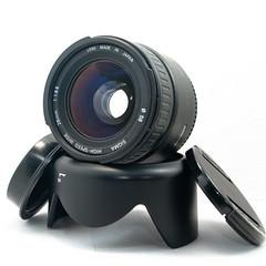 digital camera(0.0), camera(0.0), video camera(0.0), cameras & optics(1.0), multimedia(1.0), lens(1.0), camera lens(1.0),