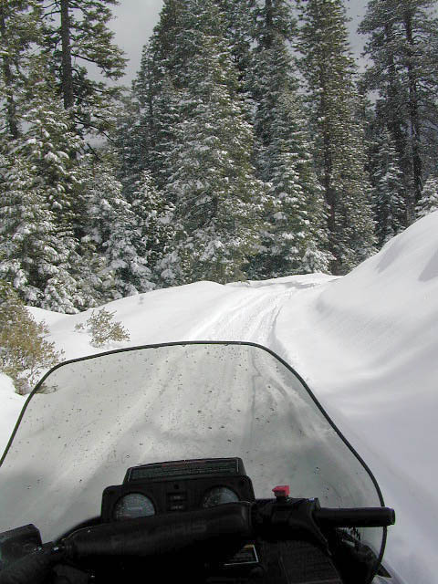 Snowmobiling Kaiser Pass